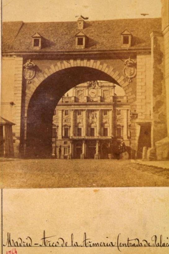 1863, Entrada al Palacio Real. Arco de la Armería