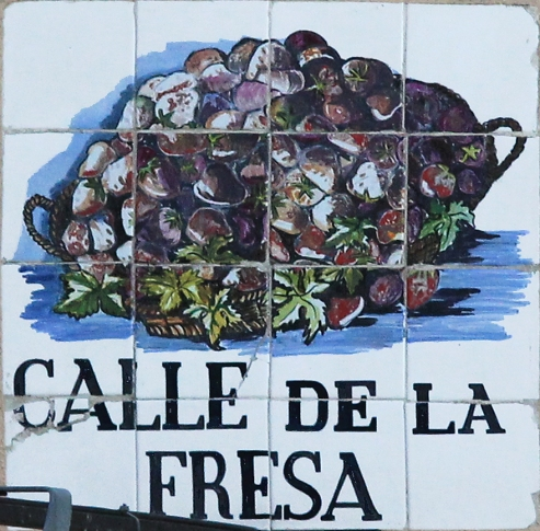 Sign of CALLE DE LA FRESA (street) in Centro district in Madrid (Spain).