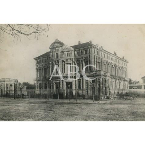 1930-palacio-de-bailen-conocido-tambien-como-palacio-de-portugalete-entre-la-puerta-de-alcala-y-la-plaza-de-cibeles