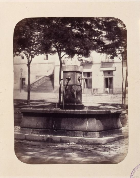 1864, Fuente vecinal en la plaza de los Mostenses