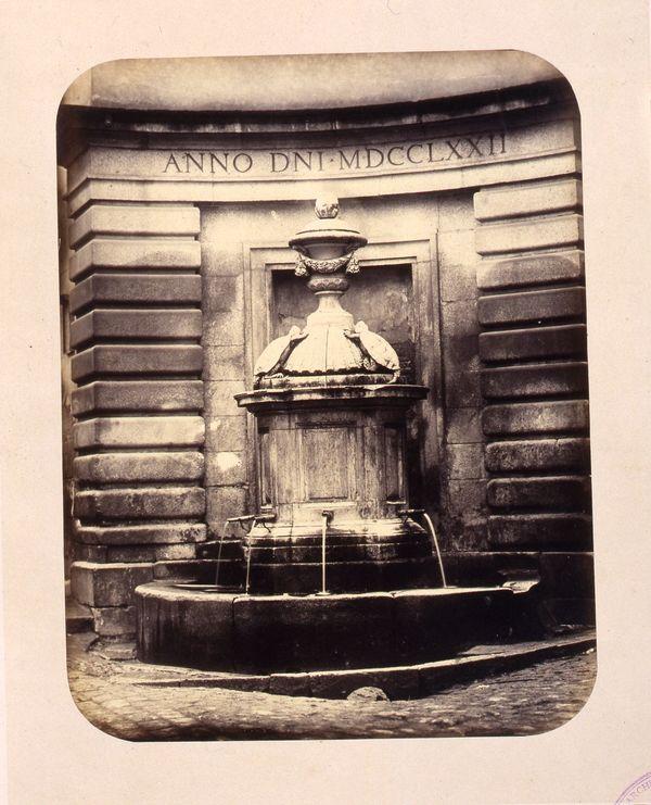 1864, Fuente vecinal llamada de los Galápagos en la calle de Hortaleza