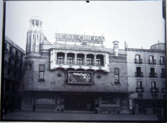 Real Cinema 6