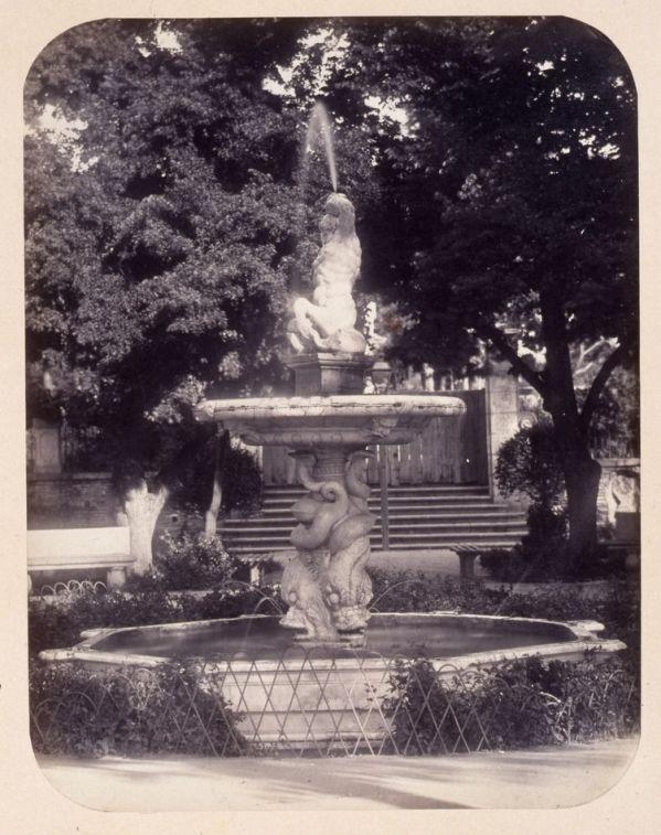 1864, Fuente de mármol en el jardín del Príncipe Alfonso